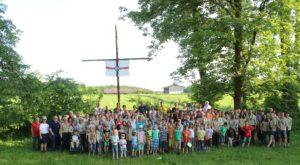 Von 7 bis gut 70 reichte die Altersspanne der Pfadfinder, die in St. Ottilien ihr Bezirksjubiläum feierten. Foto: oH/Heiß